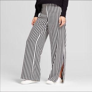 Cute striped palazzo pants ....